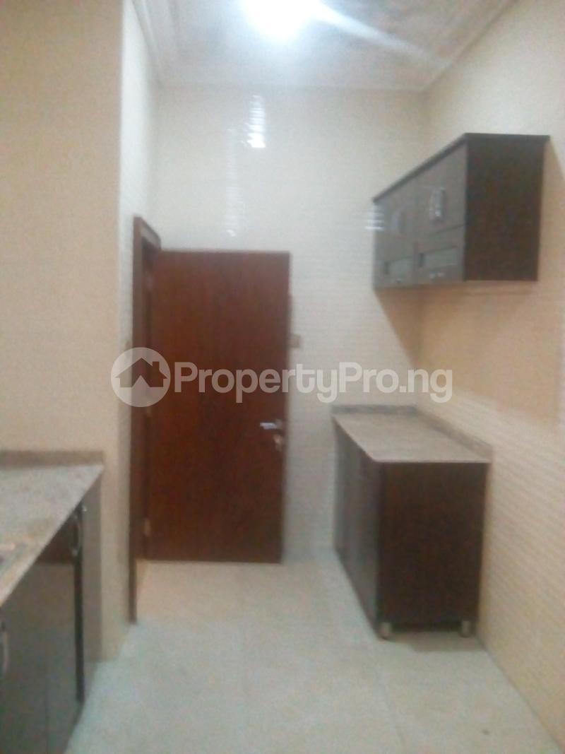 2 bedroom Blocks of Flats House for rent JAHI district Jahi Abuja - 12