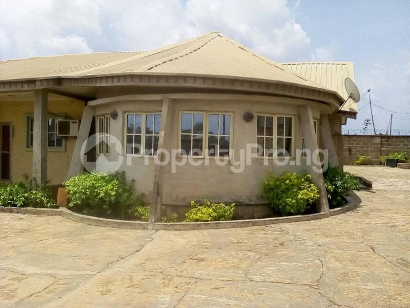 4 bedroom Semi Detached Bungalow for sale Ile Tuntun, Jericho Extension Jericho Ibadan Oyo - 3