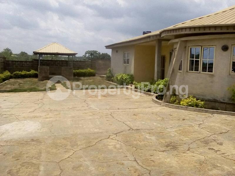 4 bedroom Semi Detached Bungalow for sale Ile Tuntun, Jericho Extension Jericho Ibadan Oyo - 1