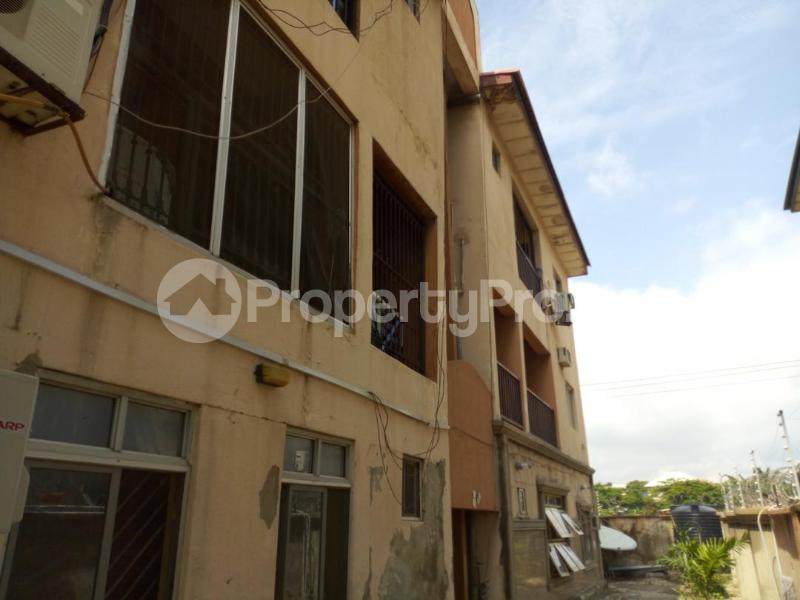 2 bedroom Flat / Apartment for sale T. O. S. Benson Street, Utako Abuja - 3