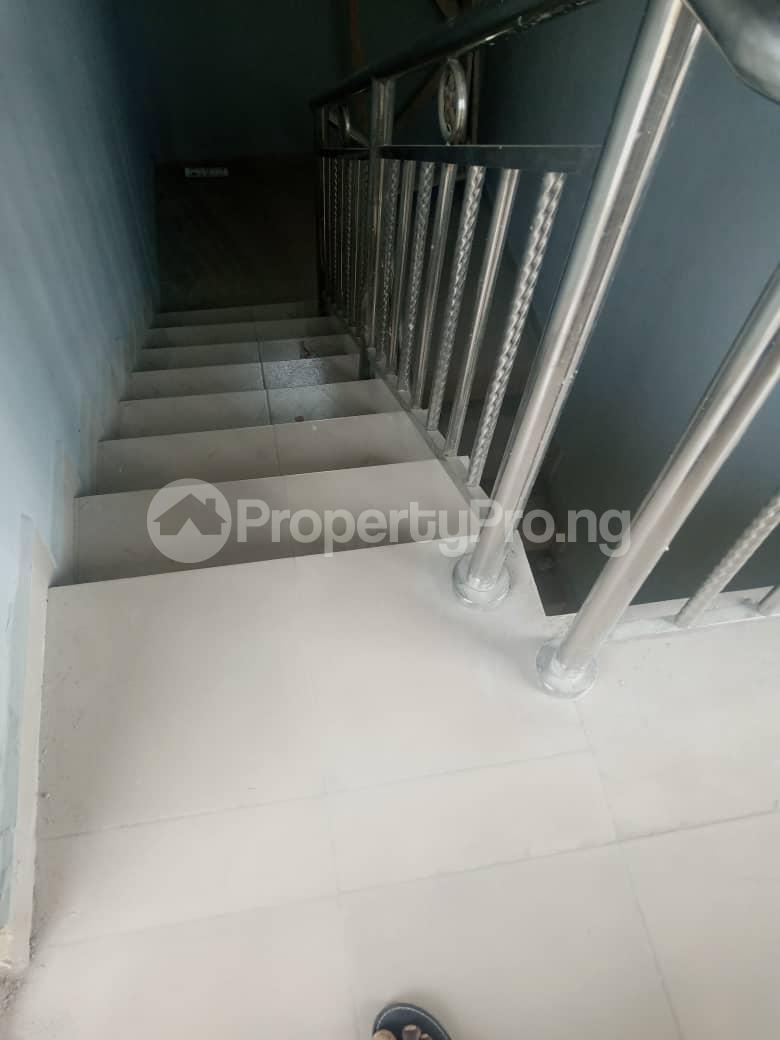 2 bedroom Mini flat Flat / Apartment for rent Ijesha Surulere Lagos - 11