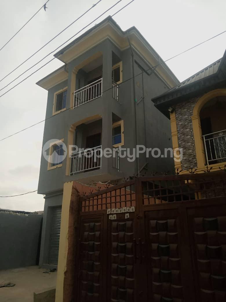 2 bedroom Mini flat Flat / Apartment for rent Ijesha Surulere Lagos - 9