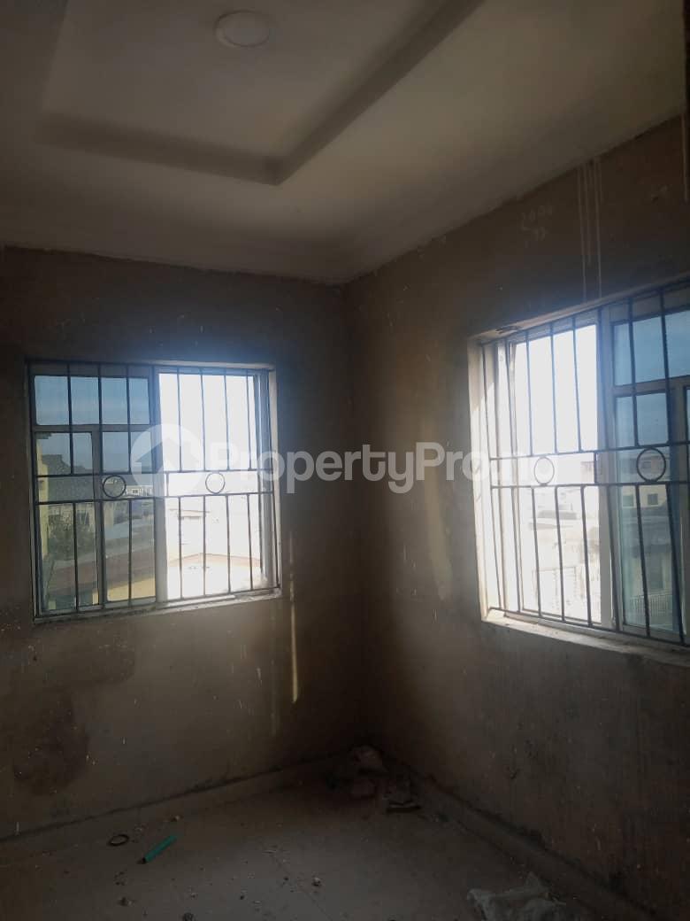 2 bedroom Mini flat Flat / Apartment for rent Ijesha Surulere Lagos - 10