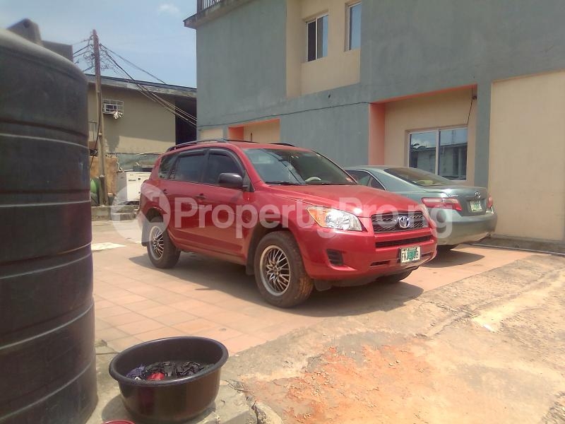 1 bedroom mini flat  Mini flat Flat / Apartment for rent Alaka Estate Surulere Lagos - 6