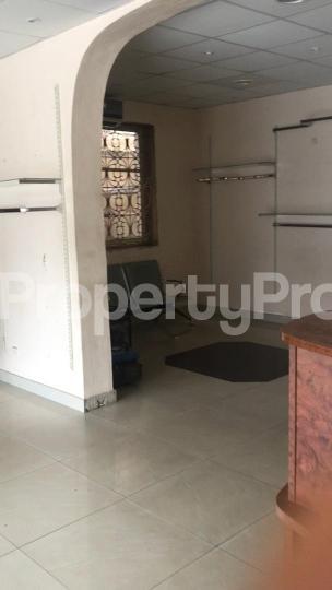1 bedroom mini flat  Shop for rent off itire road Itire Surulere Lagos - 0