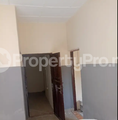 Self Contain Flat / Apartment for rent lugbe behind premier accademy fha. Lugbe Abuja - 5