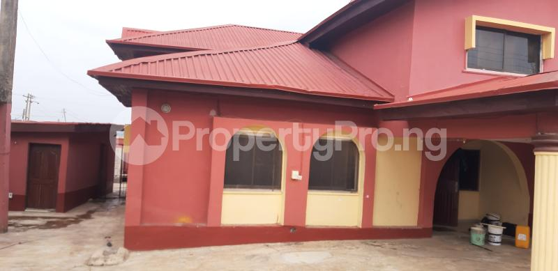 4 bedroom Detached Duplex House for rent Aare road, Opposite Victory Church (Rehoboth) Oluyole Estate Ibadan Oyo - 0