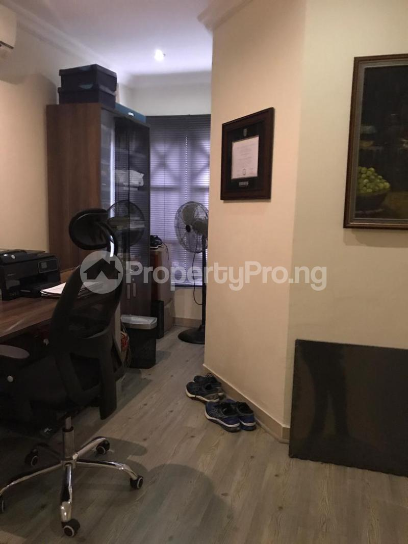 3 bedroom Semi Detached Duplex House for sale Dideolu Estate ONIRU Victoria Island Lagos - 5