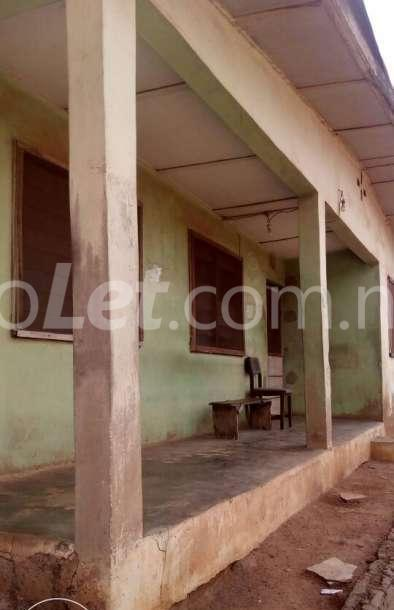 3 bedroom Flat / Apartment for sale - Akure Ondo - 4