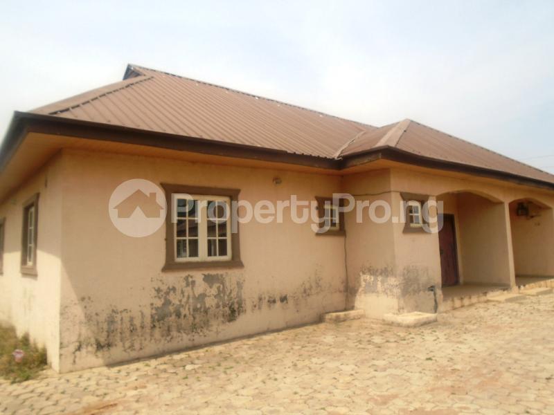 2 bedroom Mini flat Flat / Apartment for sale Dawaki/Galadima Gwarinpa Abuja - 8
