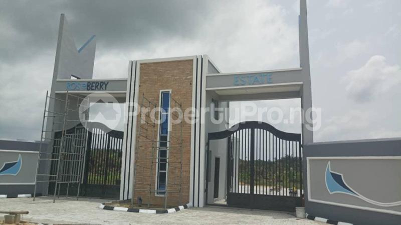 Land for sale Roseberry Estate Ibeju Lekki LaCampaigne Tropicana Ibeju-Lekki Lagos - 5