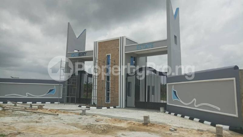 Land for sale Roseberry Estate Ibeju Lekki LaCampaigne Tropicana Ibeju-Lekki Lagos - 6