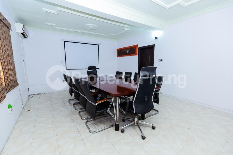 Workstation Co working space for shortlet Bayo Dejonwo Street. LSDPC Maryland Estate Maryland Lagos - 3