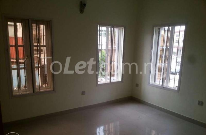 5 bedroom Penthouse Flat / Apartment for rent -Raymond st Sabo Yaba Lagos - 4
