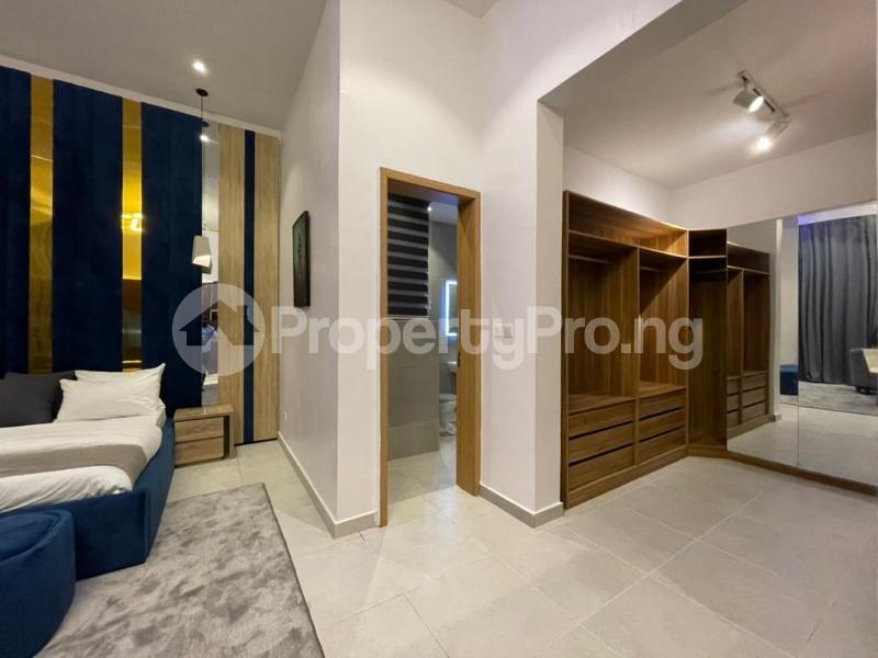 4 bedroom Terraced Duplex for shortlet Osapa Osapa london Lekki Lagos - 11