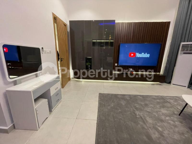 4 bedroom Terraced Duplex for shortlet Osapa Osapa london Lekki Lagos - 10