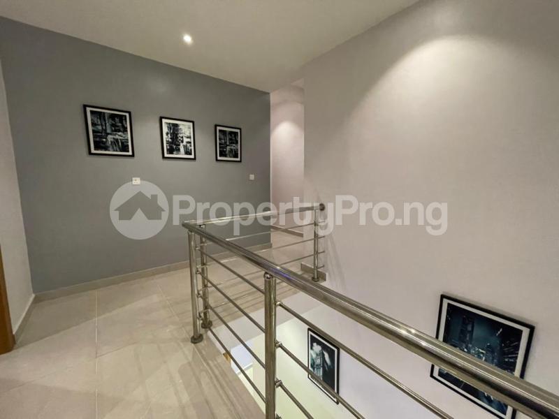 4 bedroom Terraced Duplex for shortlet Osapa Osapa london Lekki Lagos - 4