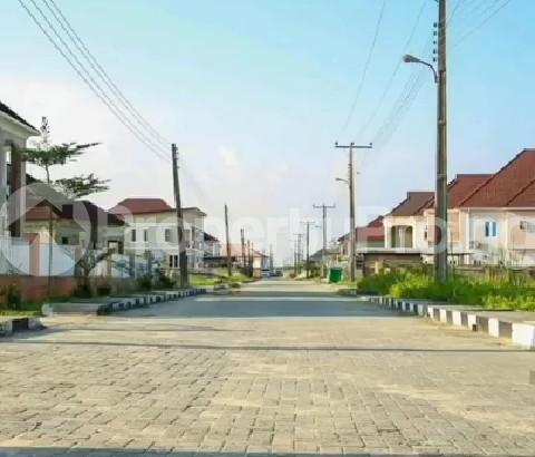 Serviced Residential Land Land for sale Amity Estate, 2Min Drive From Shoprite. Sangotedo Lagos - 3