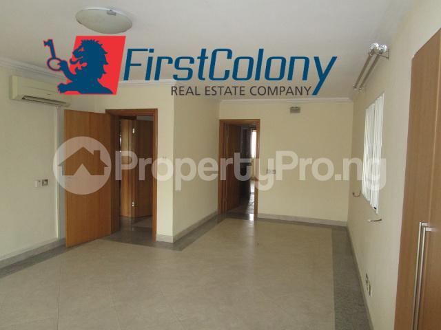 4 bedroom Detached Duplex for rent 2nd Avenue Estate Ikoyi Lagos - 27
