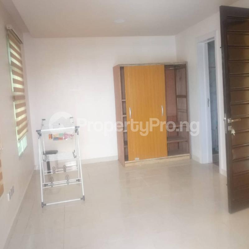 Studio Apartment Flat / Apartment for rent off oluwadare street  Fola Agoro Yaba Lagos - 5