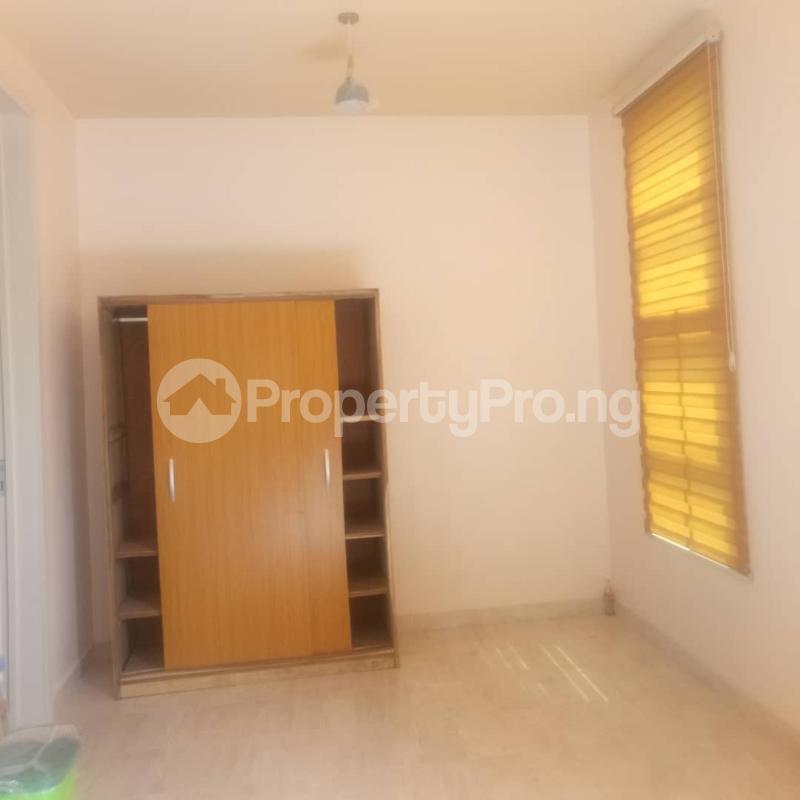 Studio Apartment Flat / Apartment for rent off oluwadare street  Fola Agoro Yaba Lagos - 7