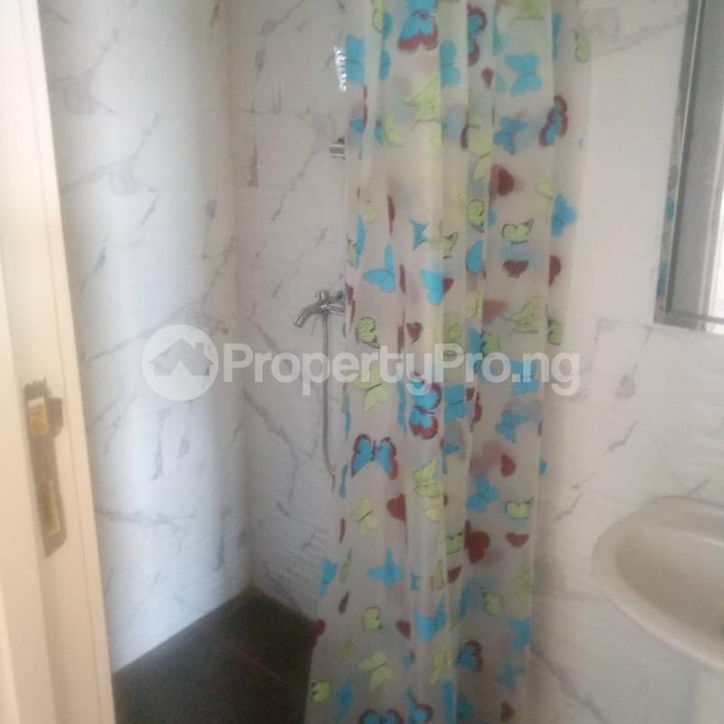Studio Apartment Flat / Apartment for rent off oluwadare street  Fola Agoro Yaba Lagos - 6