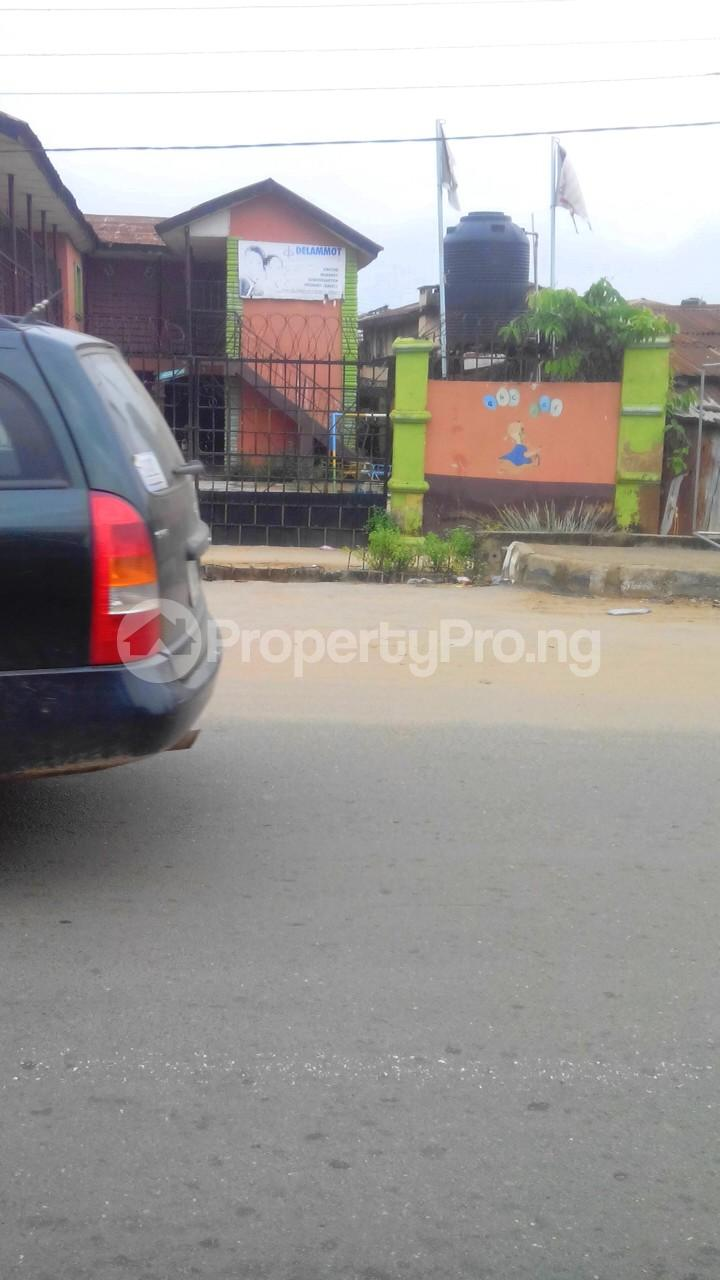 School Commercial Property for sale Inaolaji,sharp corner  Oluyole Estate Ibadan Oyo - 4