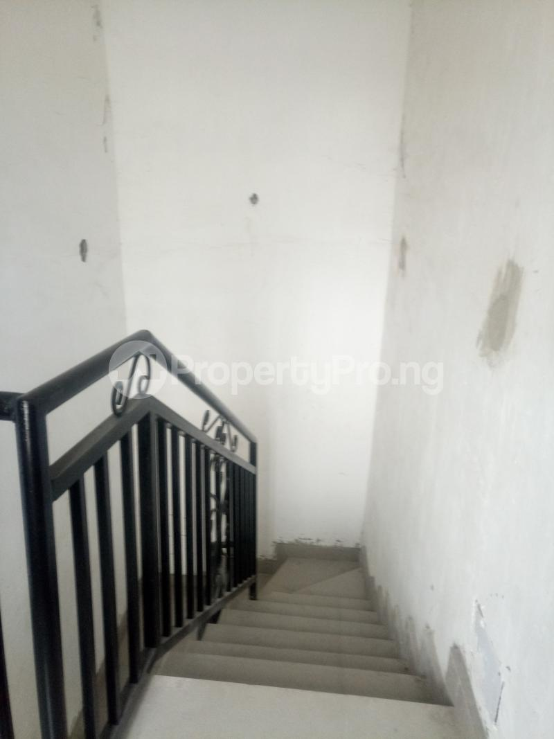 3 bedroom Blocks of Flats House for rent off Ishaga road Ojuelegba Surulere Lagos - 14