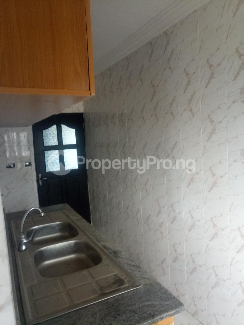 3 bedroom Blocks of Flats House for rent off Ishaga road Ojuelegba Surulere Lagos - 10