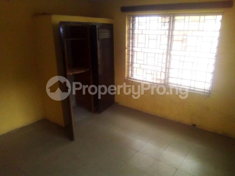 3 bedroom Flat / Apartment for rent Fola Agoro Yaba Lagos - 4
