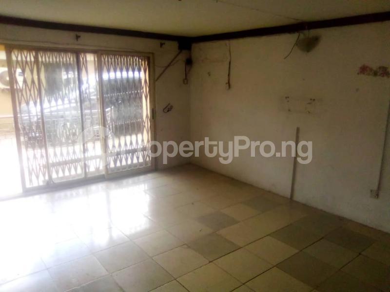 3 bedroom Flat / Apartment for rent Fola Agoro Yaba Lagos - 2