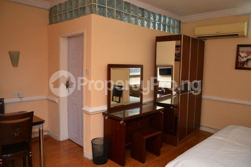 1 bedroom Flat / Apartment for shortlet Shonibare Estate Maryland Lagos - 19