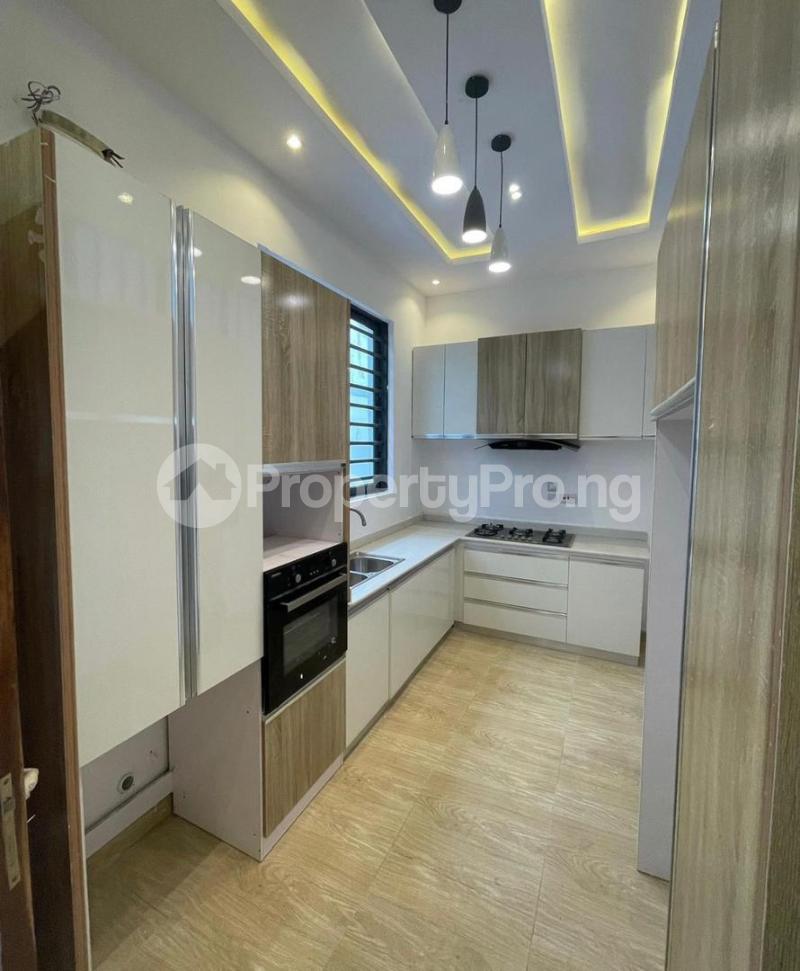 3 bedroom Terraced Duplex for sale Chevron Toll Gate chevron Lekki Lagos - 11
