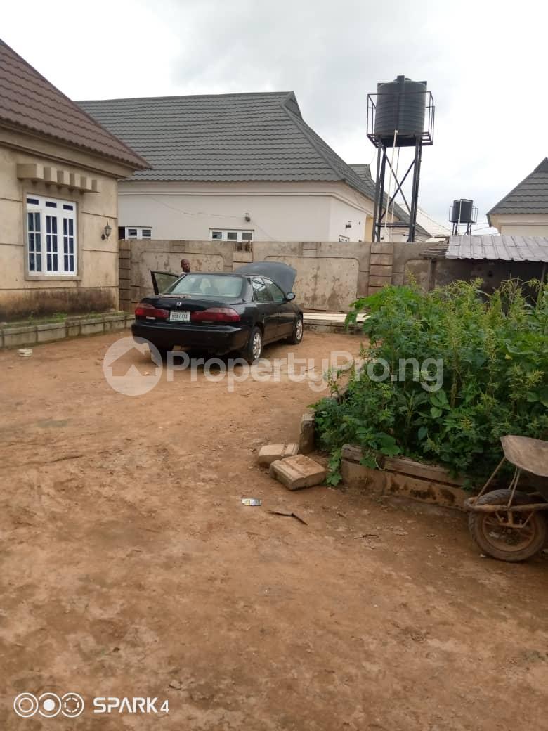 3 bedroom Detached Bungalow for sale Mahuta Gra Opposite Refinery 2nd Gate Chikun Kaduna - 2