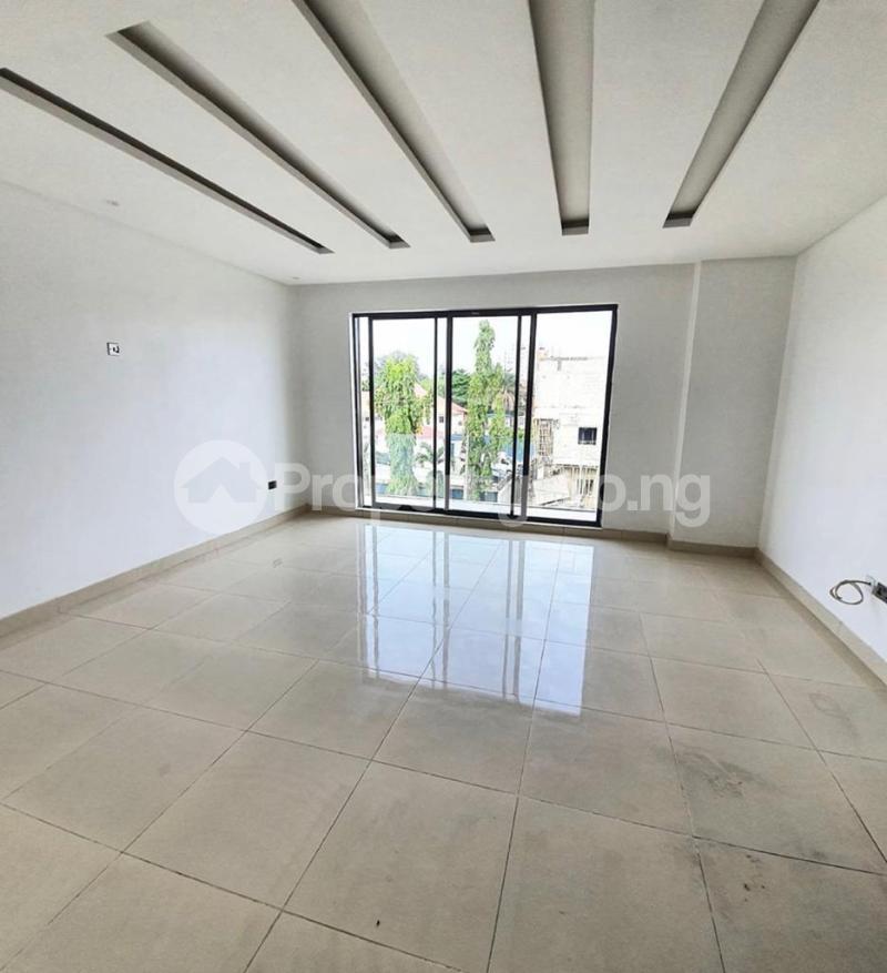 4 bedroom Terraced Duplex House for rent Bourdillon Ikoyi Lagos - 8