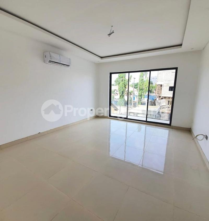 4 bedroom Terraced Duplex House for rent Bourdillon Ikoyi Lagos - 6