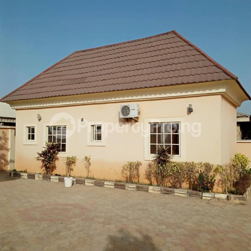 5 bedroom Detached Duplex for sale Nafdac Highcost Chikun Kaduna - 10