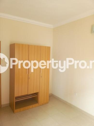 3 bedroom Flat / Apartment for rent Oluwadare  Fola Agoro Yaba Lagos - 5
