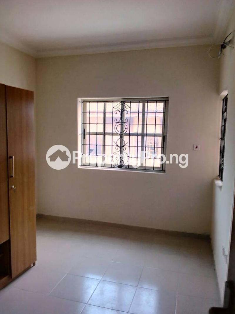 3 bedroom Flat / Apartment for rent Oluwadare  Fola Agoro Yaba Lagos - 6