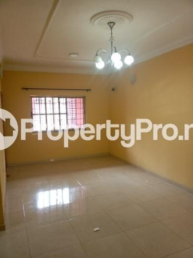 3 bedroom Flat / Apartment for rent Oluwadare  Fola Agoro Yaba Lagos - 1