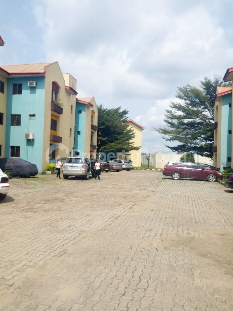 2 bedroom Studio Apartment Flat / Apartment for shortlet Jembewon Way, near Golf Club, Onireke-Jericho axis Jericho Ibadan Oyo - 9