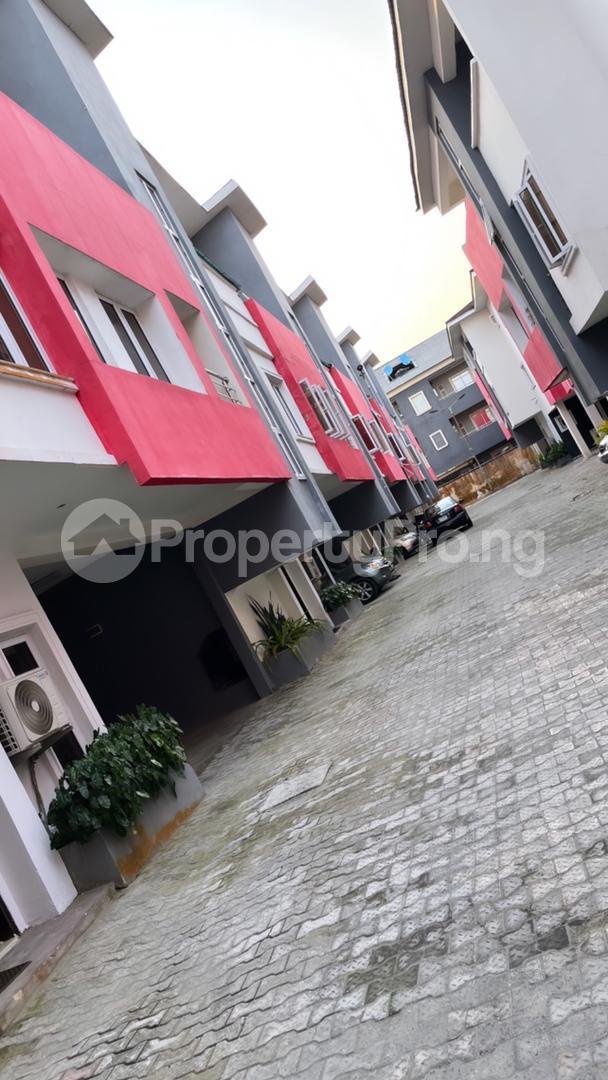 4 bedroom Terraced Duplex House for shortlet Chisco  Ikate Lekki Lagos - 0