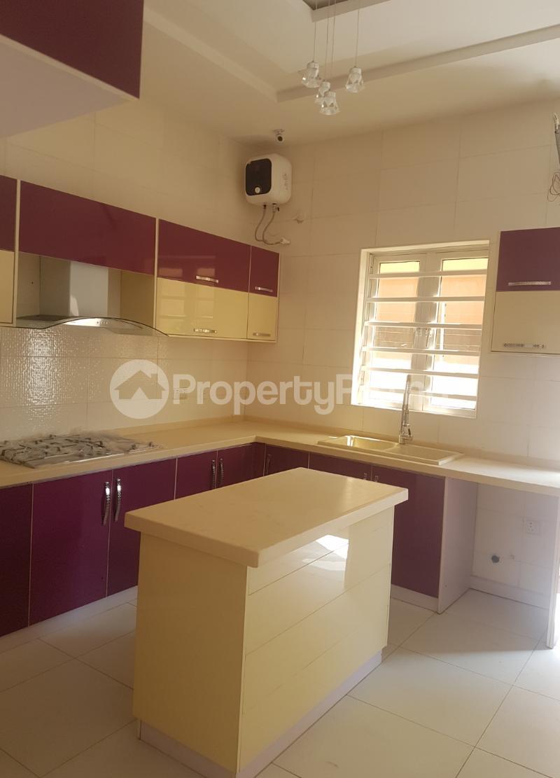4 bedroom Detached Duplex House for sale Canal West Estate Osapa london Lekki Lagos - 10