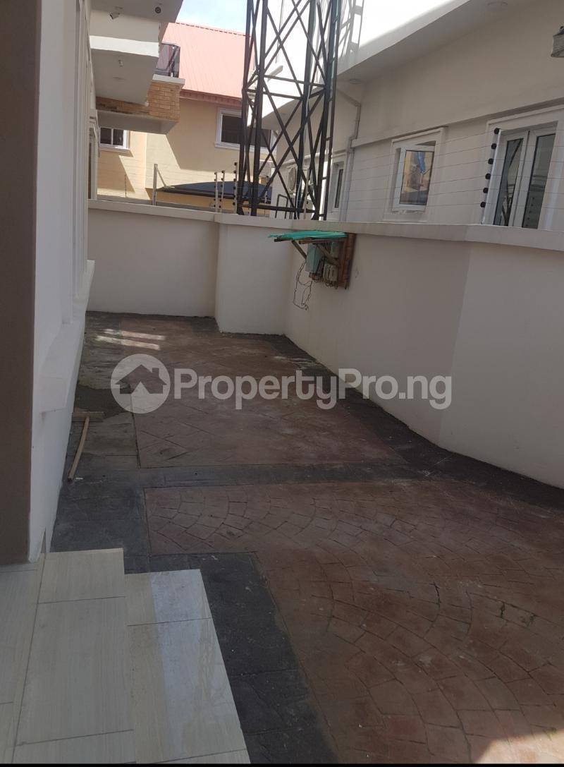 4 bedroom Detached Duplex House for sale Canal West Estate Osapa london Lekki Lagos - 3