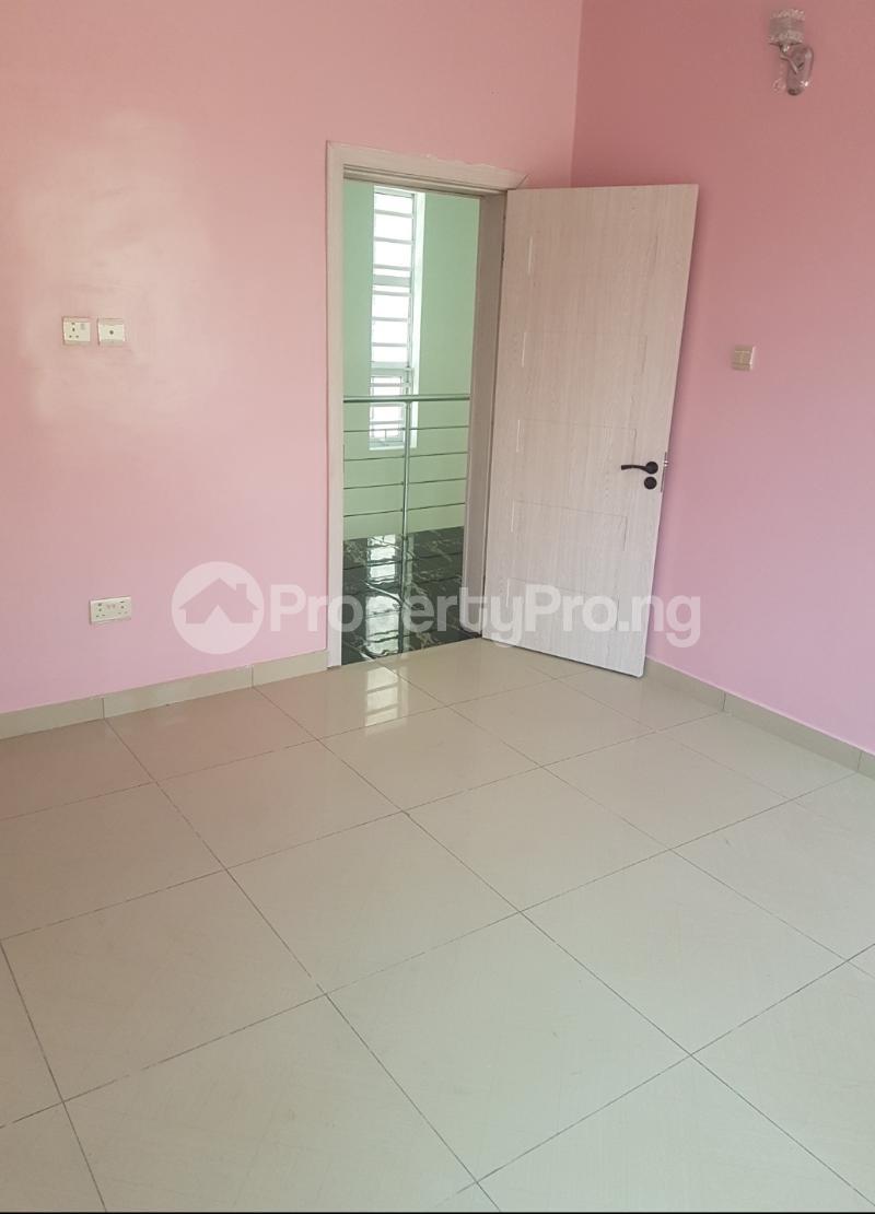 4 bedroom Detached Duplex House for sale Canal West Estate Osapa london Lekki Lagos - 18
