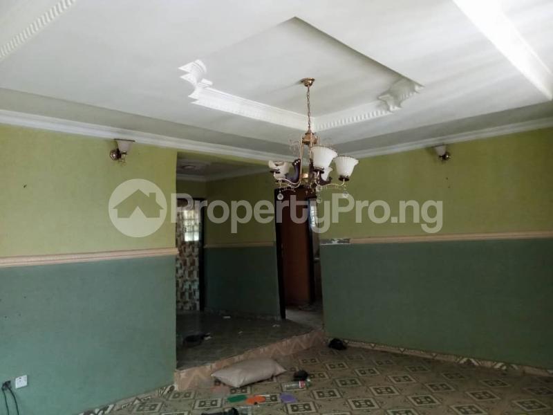 3 bedroom Blocks of Flats House for rent Lautech Area Ogbomosho Oyo - 8