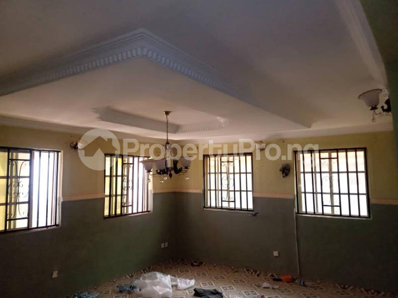 3 bedroom Blocks of Flats House for rent Lautech Area Ogbomosho Oyo - 4