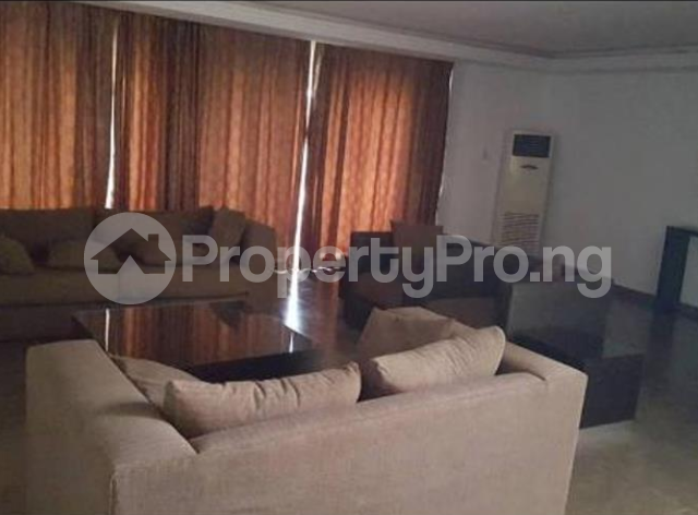 4 bedroom Church Commercial Property for rent Area One Shopping Center Wuye Abuja - 5