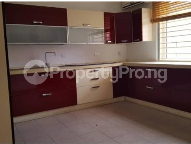 4 bedroom Church Commercial Property for rent Area One Shopping Center Wuye Abuja - 6