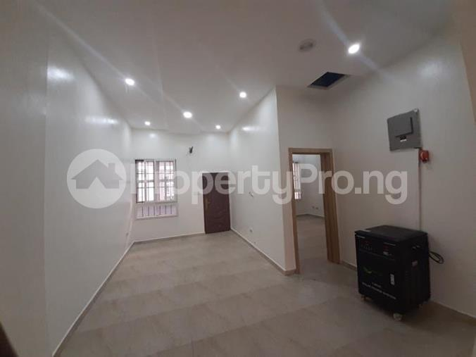 3 bedroom Church Commercial Property for rent Near Karmo Idu Abuja - 4